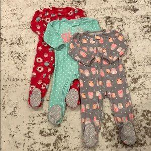 BUNDLE! 3 Fleece Carter's Sleepers 24 months
